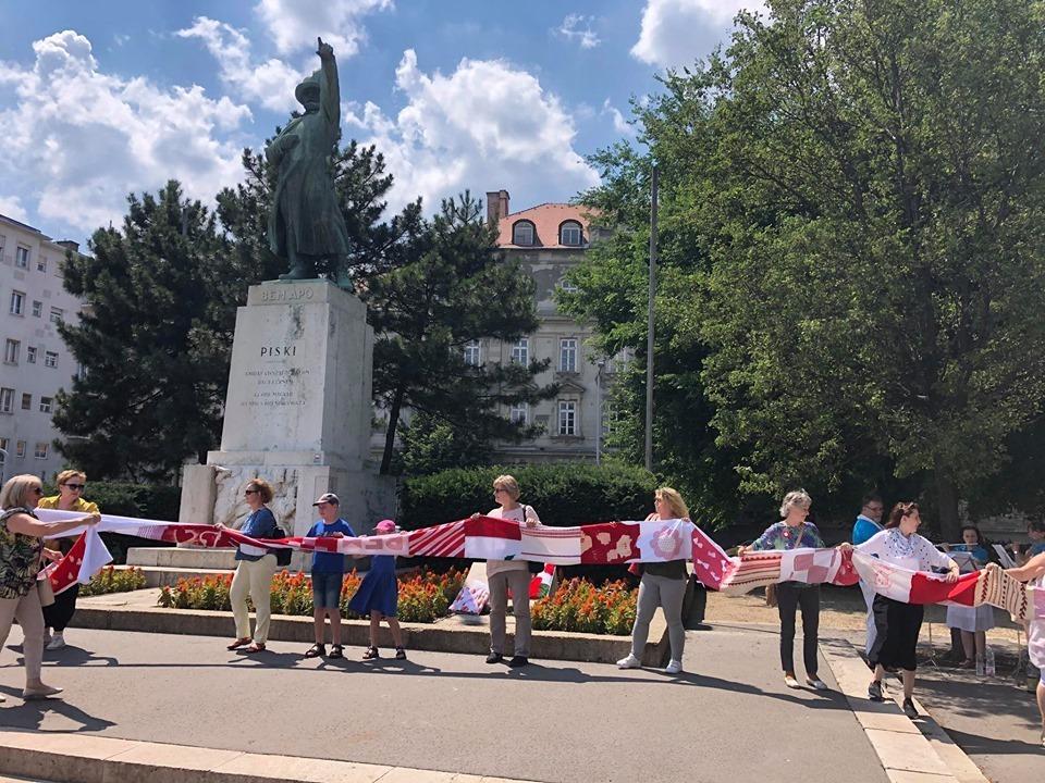 polski flashmob w Budapeszcie